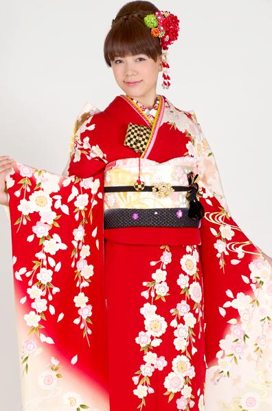 【No.MK-2609】★はんなり舞妓さん♪レトロクラシックな枝垂れ桜柄振袖