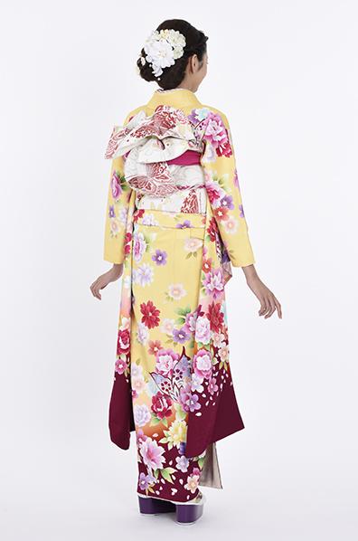 【MKK-28002】★淡いイエローにカラフルな花と蝶のモダン柄振袖